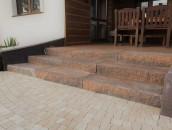 Co na schody zewnętrzne zamiast naturalnego kamienia? zdj. 5