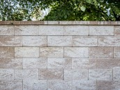 Stylowe ogrodzenia z bloczków betonowych - estetycznie i błyskawicznie zdj. 11
