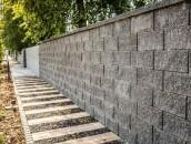 Stylowe ogrodzenia z bloczków betonowych - estetycznie i błyskawicznie zdj. 12