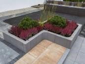 Dekoracyjne elementy betonowe w ogrodzie zdj. 7